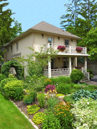 Wine Country Bed &amp; Breakfast: Welcome to Wine Country B &amp; B