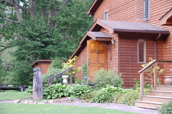 Elk River Touring: lodge