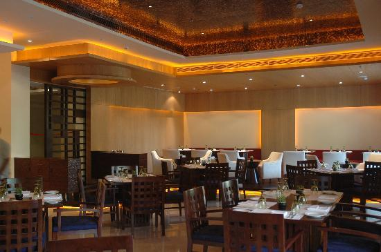 Clarion Collection, Qutab New Delhi: Va Bene- multicusine restaurant