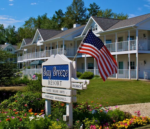 Bay Breeze Resort in Ephraim , WI