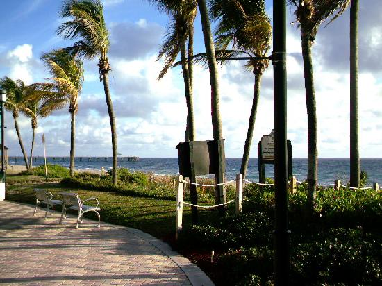 Deerfield Beach, : The mile long sidewalk runs along the ocean