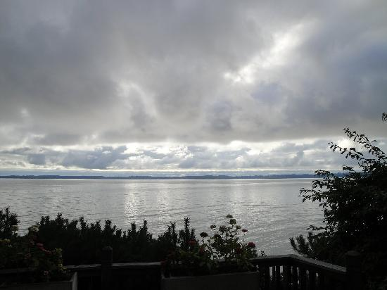 Traverse City, MI: A dramatic sky view from our cottage deck