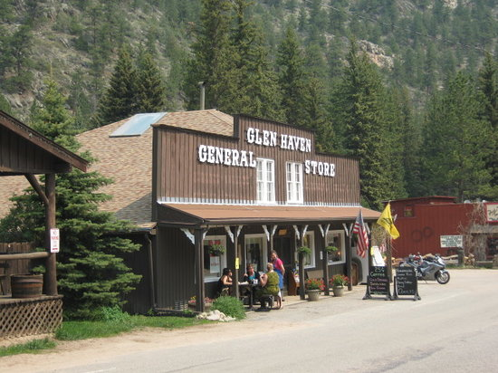 front of Glen haven general store