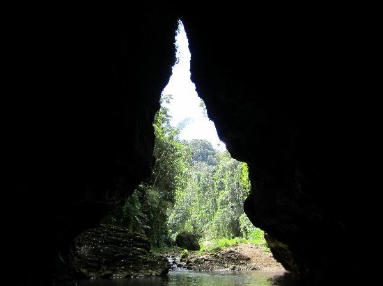 Utuado, Puerto Rico: Cave exploring!!