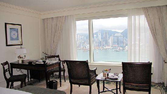 The Peninsula Hong Kong: 部屋と眺望
