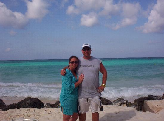 Casa Del Mar Beach Resort : Me & Hubby at beach