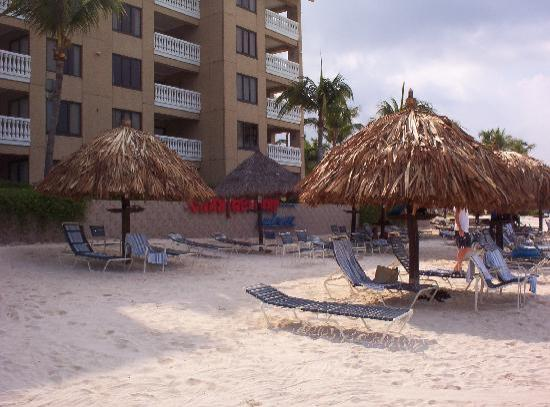 Casa Del Mar Beach Resort : beach area at hotel