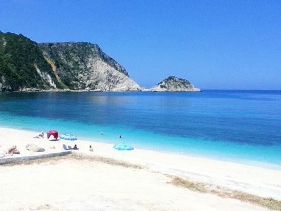 Trapezaki Bay Hotel : heavenly beaches