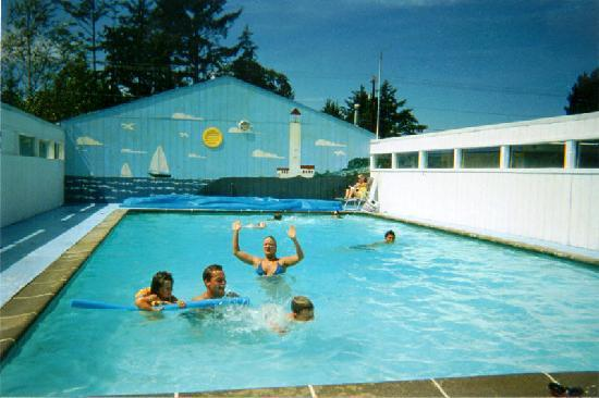 Westport, Ουάσιγκτον: Heated Swimming Pool
