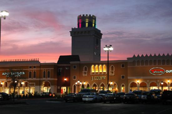 Premium Outlets San Marcos.