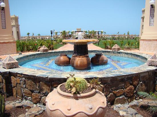 Hotel Riu Touareg: fountain