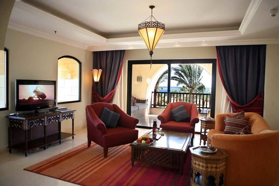 The Palace Port Ghalib: Suite - Living Area