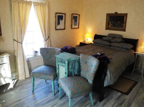 "The Old Parsonage: ""Delhana Suite"""