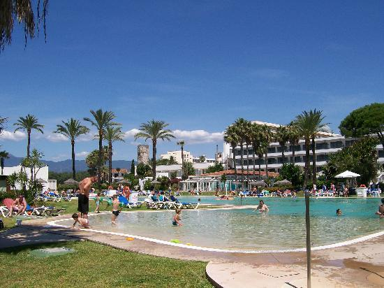 Atalaya Park Golf Hotel and Resort: The main swimming pool