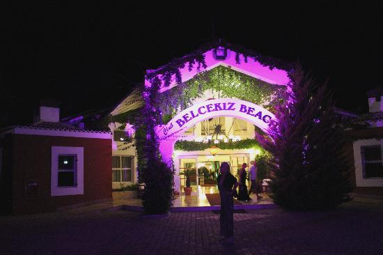 Club Belcekiz Beach Hotel: Welcoming Entrance