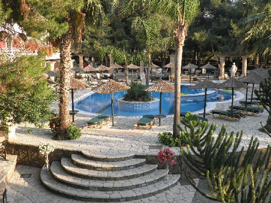 Vasilikos, Greece: view of the pool from our front door