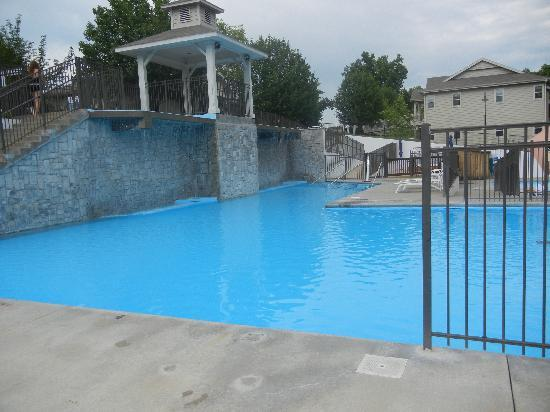 StoneBridge Resort: pool