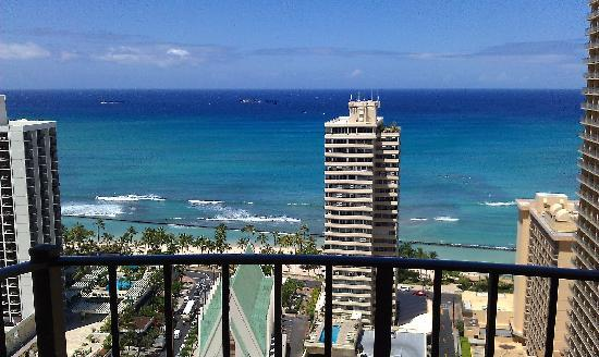 Hilton Waikiki Beach: Stunning!