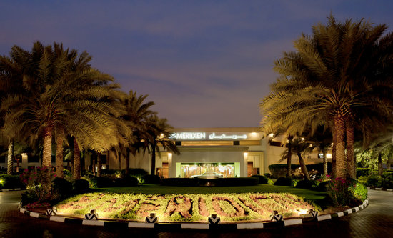 Le Meridien Dubai: Exterior