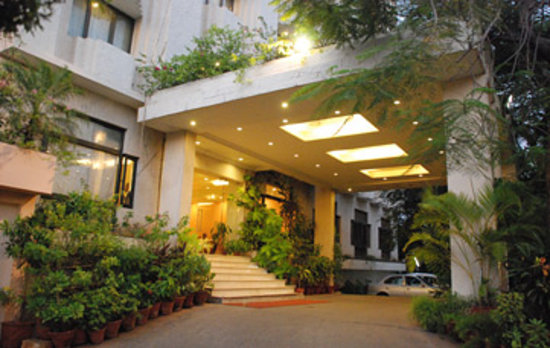 Photo of Hotel Surguru Pondicherry