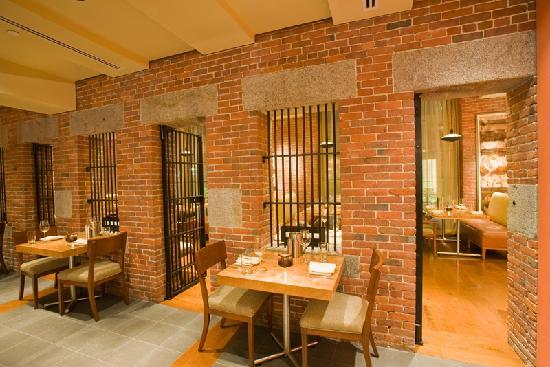 The Liberty Hotel: CLINK. Restaurant
