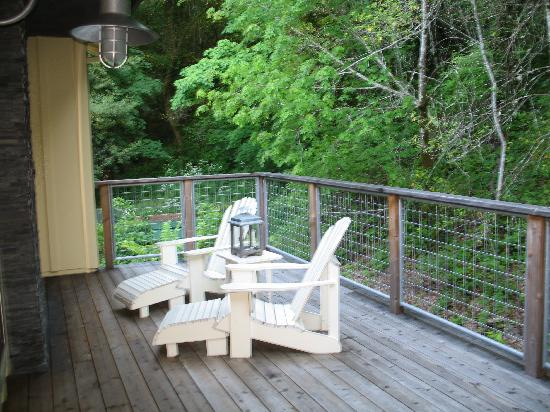 Forestville, CA: Private Deck with fireplace