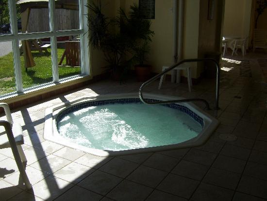 Nice jacuzzi for Hotel jacuzzi 13