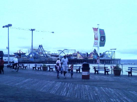 Seaside Heights, -: casino pier