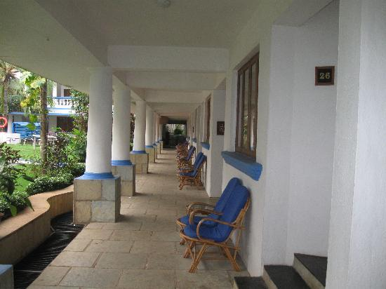 Royal Resorts: Royal Goan Beach Club at Benaulim: Our corridor