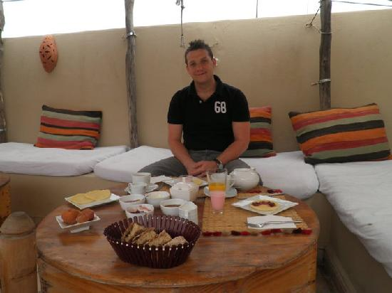 Riad Bel Haj: Beautiful Breakfasts on the Roof Terrace