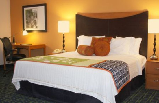 Photo of Fairfield Inn & Suites Albuquerque Airport