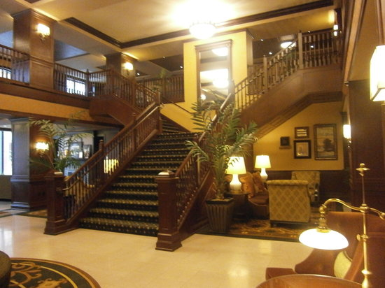 Hotel Julien Dubuque: Lobby