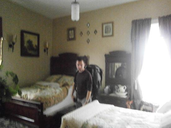 Washington, PA: Bedroom