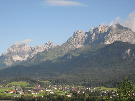 Hotel Sonnleiten: weitere Aussicht vom Balkon