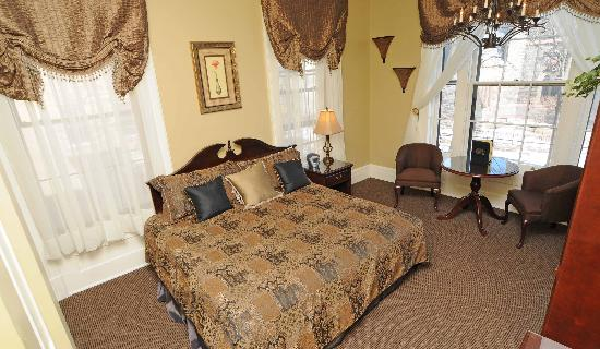 The Stockade Inn: Standard King Room