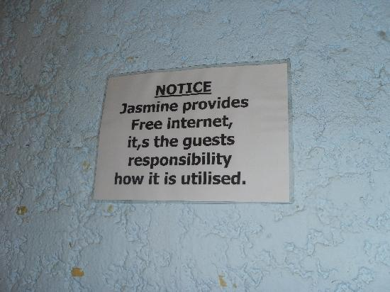 Jasmine Hotel Pattaya: Bless that comma!