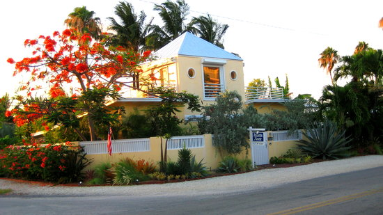 Atlantis House ...1401 Atlantic Blvd Key West Fl