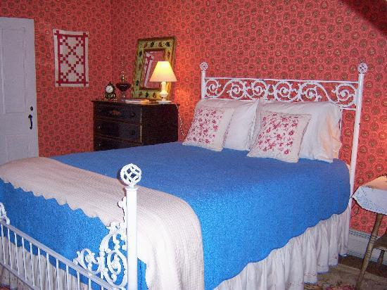 Six Chimneys & A Dream: The Red Room is cute and cozy with its antique iron Queen bed.  Sharing a bath with the Green Ro