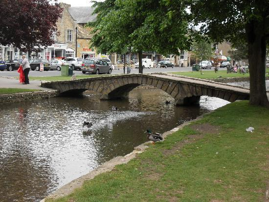 Bourton-on-the-Water, UK: Bourton on the Water