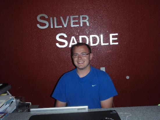 Silver Saddle Motel: Artur, friendly and hospitable owner of the Silver Saddle