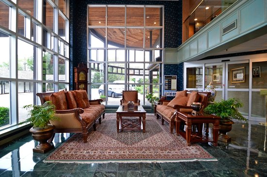 Inn at Mendenhall, an Ascend Collection Hotel: Main Lobby
