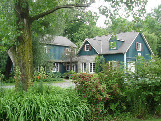 Applewood Hollow Bed and Breakfast: What can I say! the picture speaks for itself