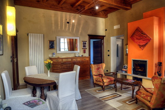 Photo of Domus Aurea B&B Saluzzo