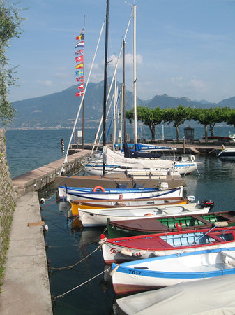 Torri del Benaco - colourful fishing boats