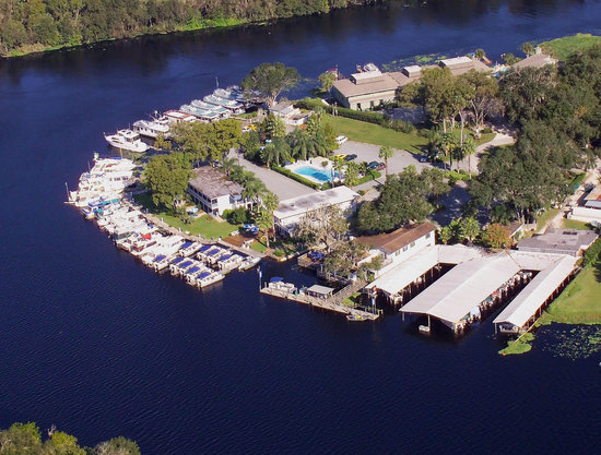 Hontoon Landing Resort &amp; Marina: Aerial View of Hontoon
