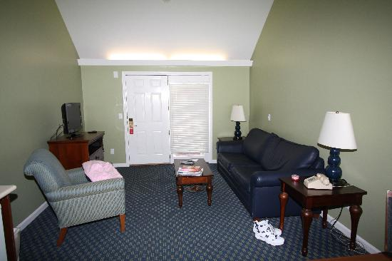 Inside Pool Picture Of Holly Tree Resort West Yarmouth Tripadvisor
