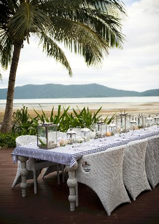 Paradise Bay Eco Escape: Dinner setting