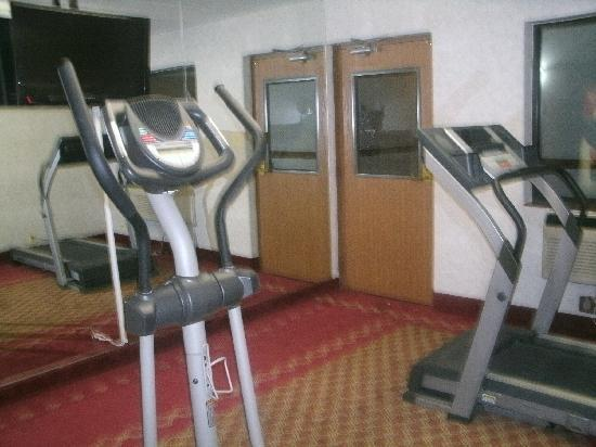 Quality Inn Waukegan: Exercise room