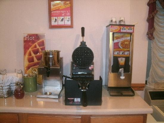 Quality Inn Waukegan: Breakfast