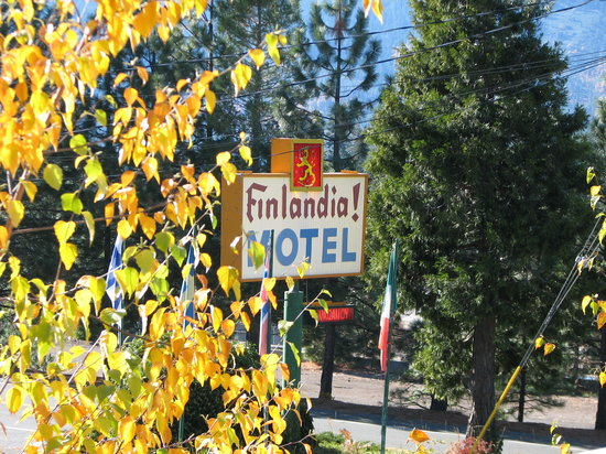 Photo of Finlandia Motel & Lodge Mount Shasta